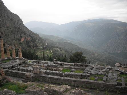 Ruínas do Templo de Apolo em Delphos - Grécia